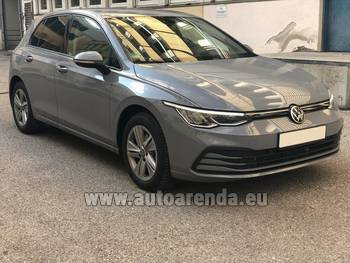Аренда автомобиля Volkswagen Golf 8 в Флоренции
